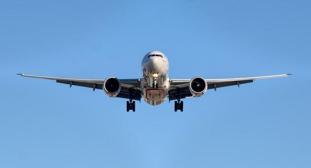 Melacak Pesawat dan Mobil, Sama!